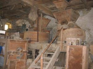 Beffroi en 2003 avant les travaux de démontage